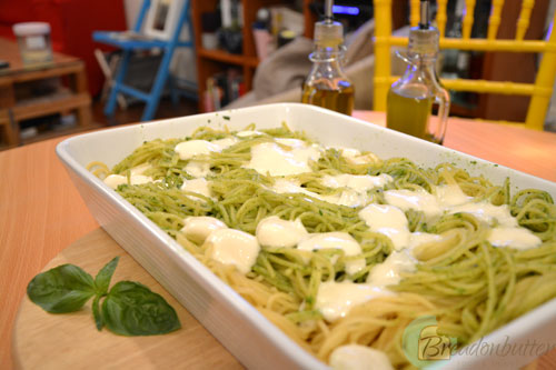 pesto-pasta-topped-with-mozzarella